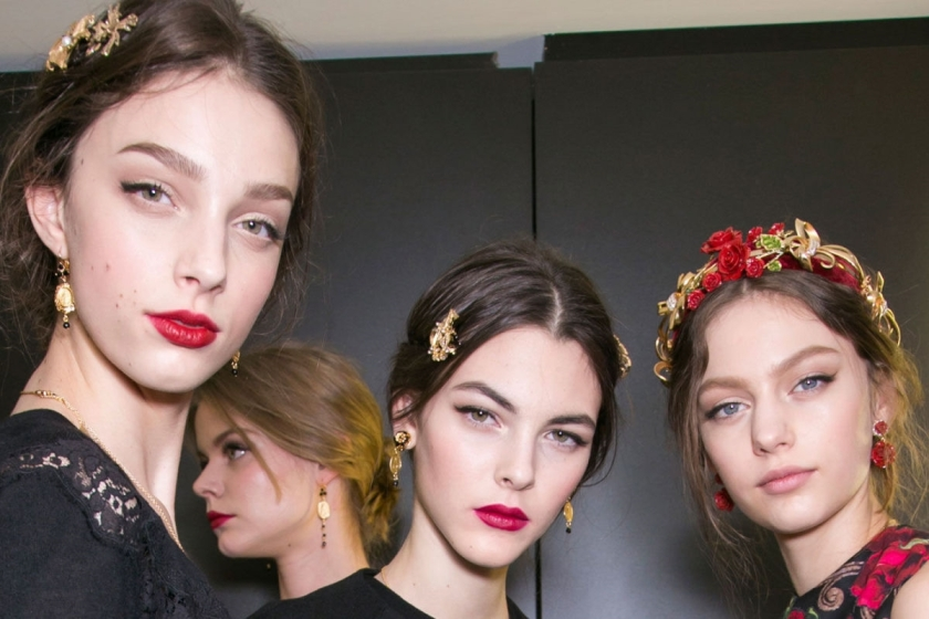 landscape_1425247174-hbz-mfw-fw15-beauty-dolce-and-gabbana-03