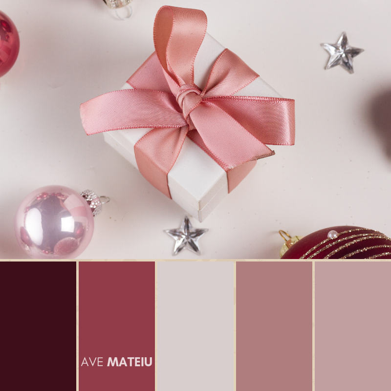 Christmas Color Palette #13 - Color combination, Color pallets, Color palettes, Color scheme, Color inspiration, Colour Palettes, Art, Inspiration, Bright, Background, Warm, Dark, Design, Yellow, Green, Orange, Red, Purple, Blue, Gold, Silver, Rose Gold, Rustic, Christmas 2019, Winter, Nature, Seasonal, Season, Natural